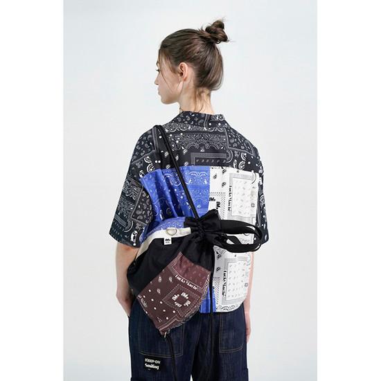 럭키마르쉐(LUCKYMARCHE) Paisley Print Mix Backpack_QXBAX21300BKX